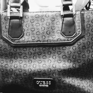 Women's purse made by Guess